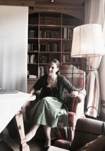 Der Stanglwirt ist ein Familienunternehmen. Uns Mentees des Presseclubs stand Elisabeth Hauser Rede und Antwort. Sympathisch und authentisch-bodenständig. (Foto: Winderl)