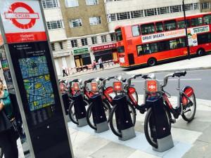 """Fahrradverleihsystem in London: Mit """"Santander Cycles"""" für £ 2,00 (Foto: Pfannkuch)"""