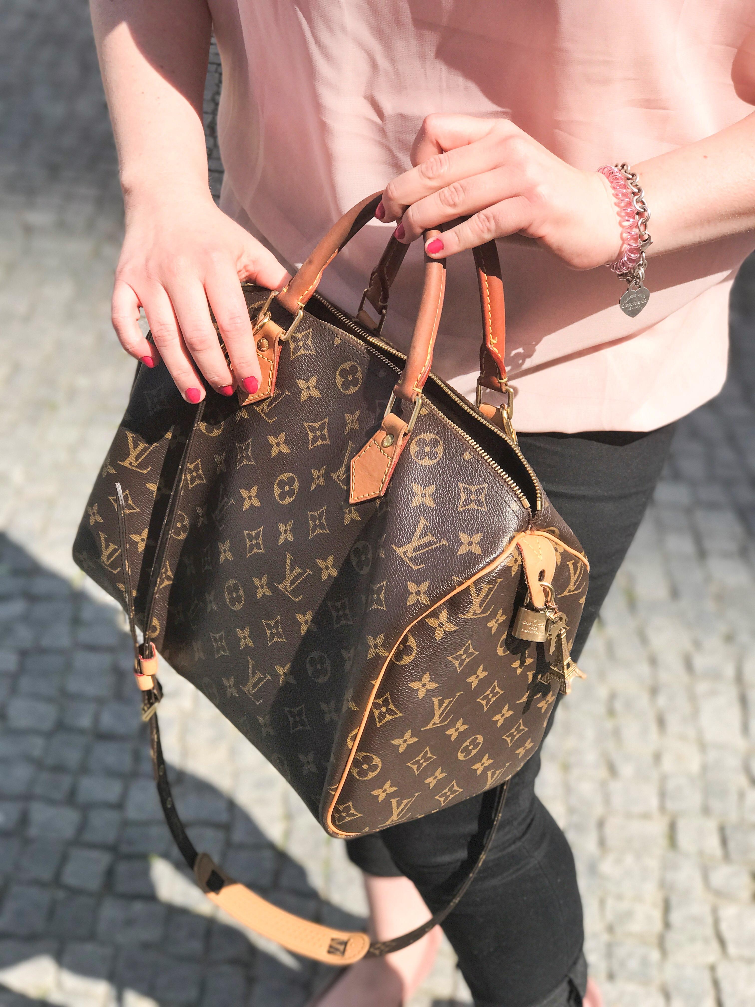 df0e7b69f8604 Sparen mit Kauf einer Luxus-Label-Handtasche von LV
